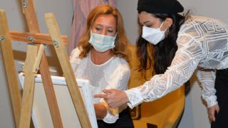 Meme kanseri sanat atölyesi hastaları buluşturdu