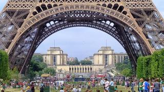 Paris'te Bahar Öyküsü