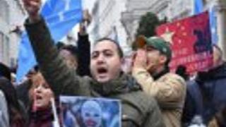 Uygur Türkleri, Fransa'da Çin'i protesto etti
