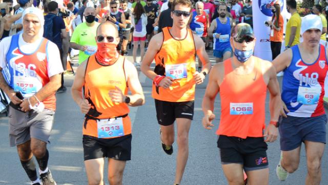 Kadıköy Yarı Maratonu'nda sporcular şiddete karşı koşacak